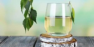 Весенний сок березы
