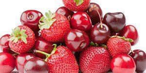 Ягоды вишни и клубники
