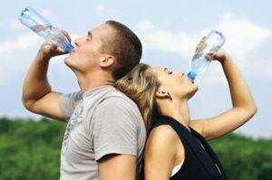 Запивание водой